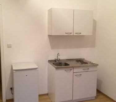 Schöne komplett renovierte ein Zimmer Wohnung in Stuttgart, Ost