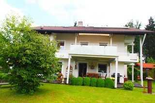 Sonnige 4-Zimmer-Wohnung mit Terasse in Hufschlag