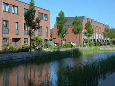 Exklusives Reihenhaus zur Zwischenmiete in zentraler Lage - Wohnen am Wasser