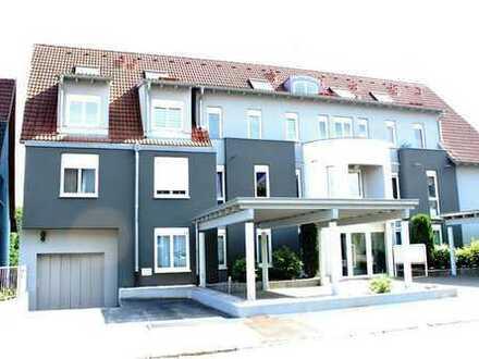 REMAX - Tolle Maisonette-Wohnung in wunderschöner Wohnlage, direkt am Rhein.