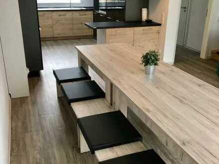 Neues 6 Zimmer Haus, großer Garten & Küche. Fully furnished