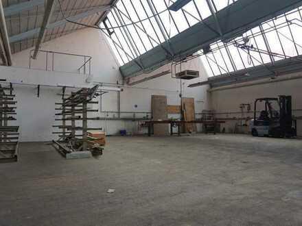 *TOP LAGE*  Lager- & Produktionsflächen  an der Bundesstraße B 29 zu vermieten