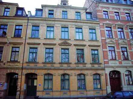 Top 4-Raumwohnung mit Balkon in begehrter Lage nahe Stadtzentrum