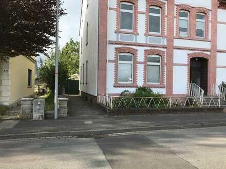 Modernisierte 2,5-Raum-EG-Wohnung mit Einbauküche in Rahden