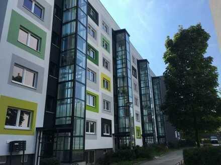 * Einziehen & Wohlfühlen * 4-R Wohnung mit Balkon & BW, EBK auf Wunsch