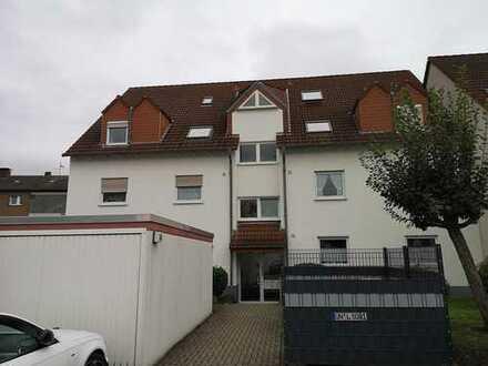 Geräumige 3,5 Zimmer Wohnung mit Balkon