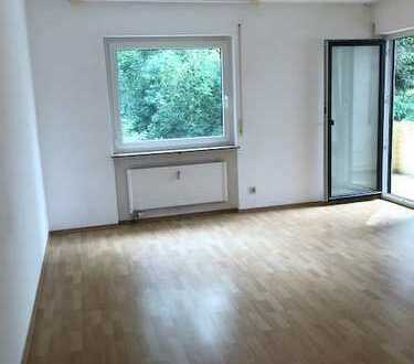 3 Zimmer Wohnung mit Einbauküche, Keller und KFZ-Aussenstellplatz