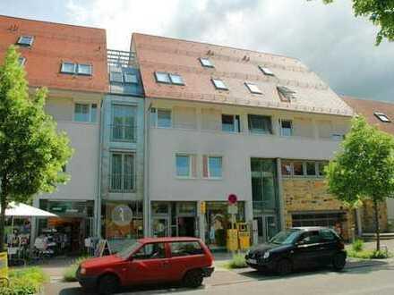 Schöne 3-Wohnung mit Balkon am Schloßpark.