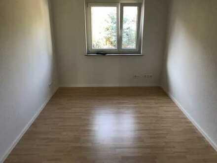 vollständig renovierte 3-Zimmer-Wohnung in Weilhheim an der Teck