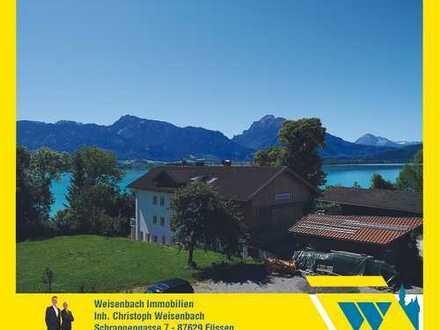 Neuwertige 4-Zimmer-Wohnung in einmaliger Traumlage mit Berg-, See- und Schlossblick