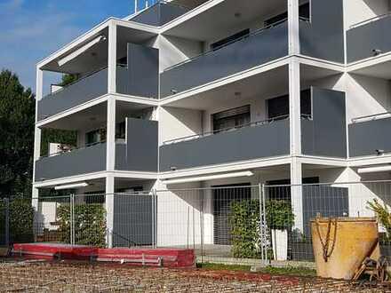 Altstadtnahe, neuwertige 3,5-Zimmer-EG-Wohnung mit großer Terrasse und Einbauküche in Wangen