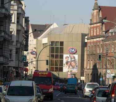 Provisionsfrei! Ladenlokal unmittelbar zur Karl-Marx-Straße gelegen!