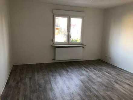 Erstbezug nach Sanierung mit EBK: ansprechende 2-Zimmer-Wohnung in Ludwigsburg