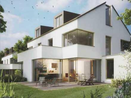 Erstbezug: Sonnige und luxuriöse DHH mit 6 Zimmern in Berg (Starnberg)