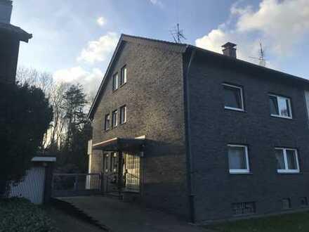 5-Zimmer-Wohnung mit Balkon in Duisburg-Röttgersbach