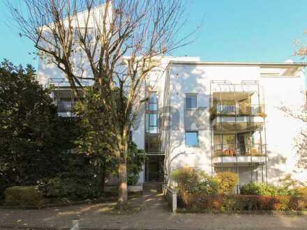 Einziehen und wohlfühlen: Attraktive 3-Zi.-Whg. mit Balkon in zentraler und grüner Wohnlage
