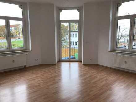 Tolle 3 Zimmer-Wohnung mit Balkon - Preißelpöhl!