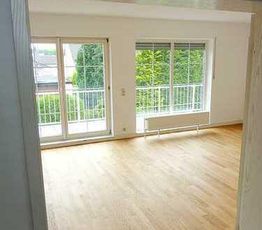 Große, helle und ruhige 4 Zimmer Maisonettewohnung mit S/O-Balkon von privat in Bonn-Röttgen