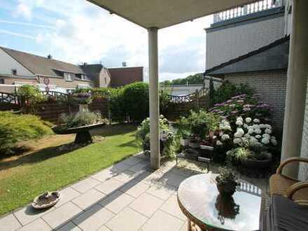 Erdgeschosswohnung mit eigenem Garten!
