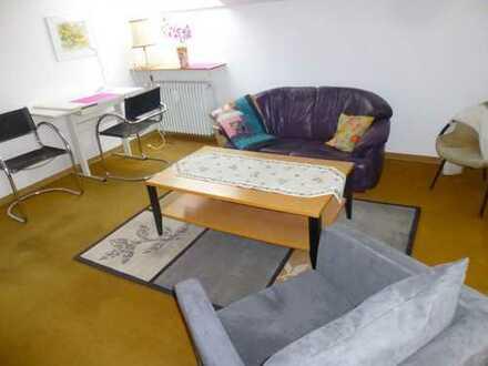 2-Zimmer-Wohnung mit großem Balkon für Studentin