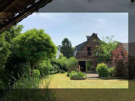 Attraktive 4-Zimmer-Doppelhaushälfte zum Kauf in Oppum/Bockum, Krefeld