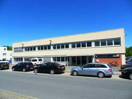 Gewerbeimmobilie an der A 30 zu vermieten, 600 m² Büro+ 900 m² Halle, Hakenbusch 2, 49078 Osnabrück