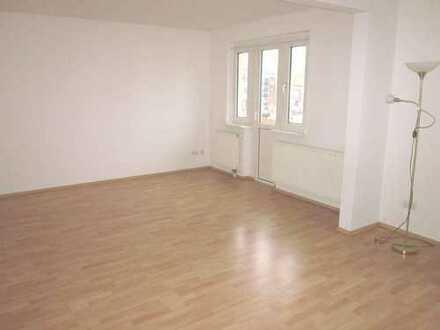 Hübsche Wohnung mit 2 Balkonen OL-Eversten in 2-Fam.-Haus