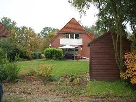 Helle 2-Raum-Souterrain-Wohnung mit Terrasse, von Privat