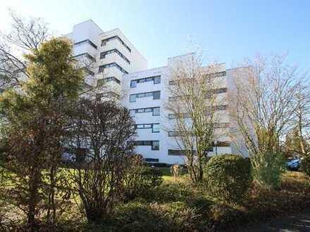 Topvermietete ETW mit Balkon, Auzug,Einbauküche,4.OG gepflegtes Mehrfamilienhaus 4.800 Kaltmiete p.a