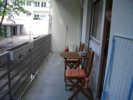 Top geschnittene WG-Wohnung sucht neue Bewohner 2 Zimmer