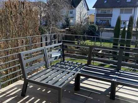 Vollständig renoviertes Einfamilienhaus mit acht Zimmern und EBK in Weinheim