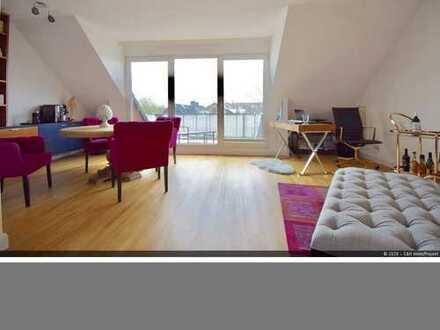 Modernisierte 2-Zimmer Dachgeschosswohnung in ruhiger Lage von Düsseldorf-Grafenberg