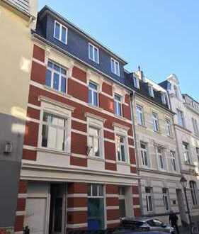 725 €, 60 m², 2 Zimmer
