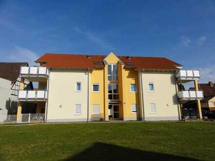 Helle 2 Zimmer Wohnung mit Terrasse