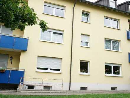 Ideale Kapitalanlage! Vermietete u. gepflegte 4-Zimmer-Wohnung mit Balkon und Garage