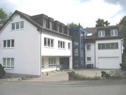 Wohn- und Geschäftshaus als Büro/Lager oder Praxis zu nutzen