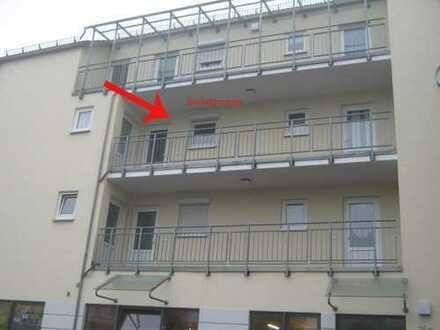 Single Wohnung mit 2 Zimmern und offener Wohnküche!
