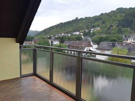 Schöne 4-Raum-DG-Wohnung mit Balkon in Lorch