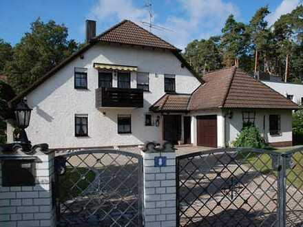 Zweifamilienwohnhaus auf parkähnlichem Grundstück (1752 m²) in traumhafter Lage von Wendelstein