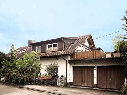 Sofort Frei: Zweifamilienhaus + Einliegerwohnung in Weissach im Tal