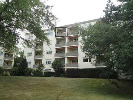 Schöne, geräumige zwei Zimmer Wohnung in Nürnberg, Röthenbach West
