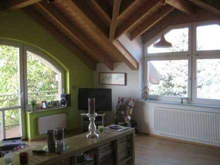 Freistehendes Mehrgenerationenhaus mit 300 m² Wohnfläche in ruhiger Lage! Neuwertiges 1-3 Fam. Haus!