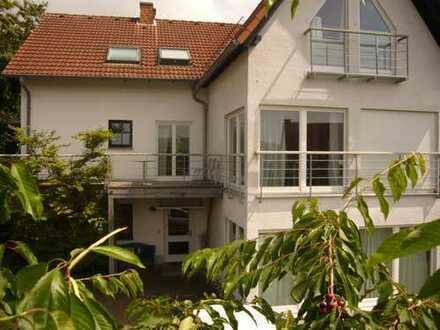 Schönes, geräumiges Haus mit sieben Zimmern in Hochtaunuskreis, Königstein im Taunus