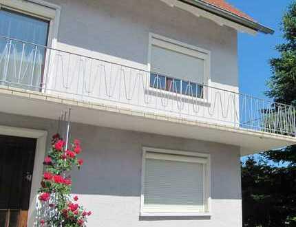 3-Zimmer-Wohnung mit neuer großer Terrasse in 2 Fam. Haus in Offenburg-Nord (Windschläg)