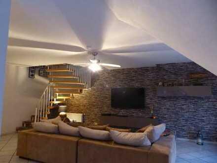 ... geräumig - gemütlich - gepflegt ... Obergeschosswohnung in Hochmoor!