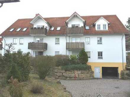 Schöne und helle Dachgeschosswohnung mit Südbalkon