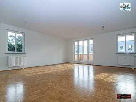 Schicke Wohnetage im ruhigen 4 FH Nähe Waldrand,2 Balkone, 2 Bäder, EBK, Parkett, 1 Garage