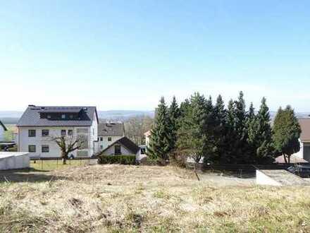 Sonnige Lage und attraktiver Preis: Baugrundstück in Wirsberg