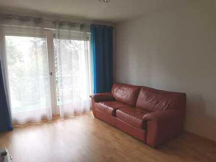 Möblierte 2 Zi Wohnung mit Balkon frei!