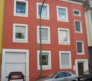 Erstbezug nach Sanierung: preiswerte 4-Zimmer-Wohnung mit Balkon in Osnabrück —Südstadt